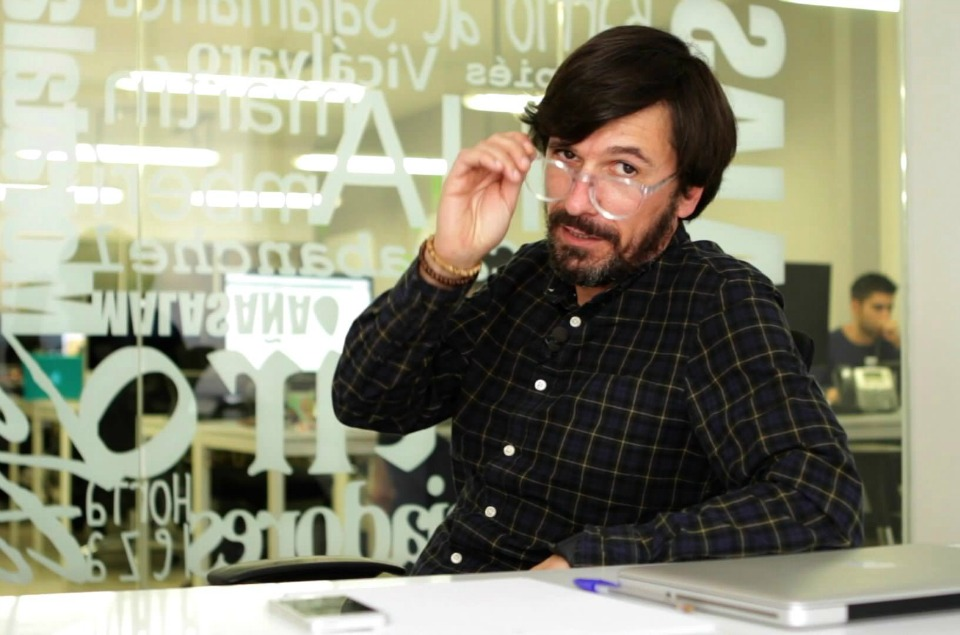 Campaña Eyezen Essilor con Javier Varela